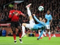 Manchester City derrota o United e reassume a liderança da Premier League