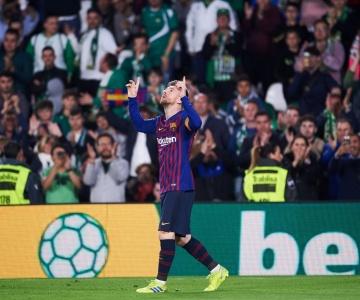 Com direito a mais um show do genial Lionel Messi, Barcelona segue liderando