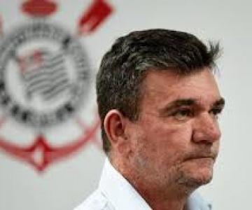 Grave crise financeira fará Corinthians dispensar jogadores e funcionários