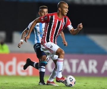 São Paulo jogou mal, tomou muitos sustos, mas voltou da Argentina com um empate