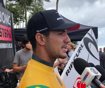 Brasileiro Gabriel Medina tem chances de voltar a conquistar o Mundial de Surf