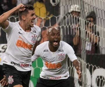 Em casa e com virada no final, Corinthians supera o Avenida e está classificado