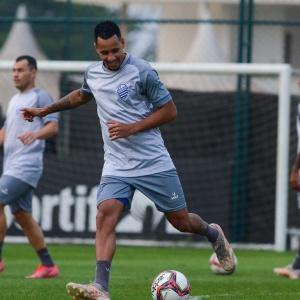 Longe de casa, CSA almeja derrotar o Cruzeiro e assumir a sétima colocação